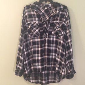 Venus black and white plaid shirt size xl